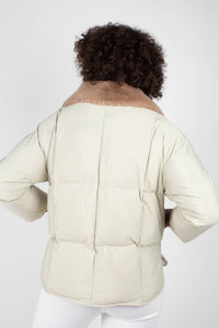 Pale khaki fur collar puffer jacket7