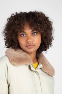 Pale khaki fur collar puffer jacket8