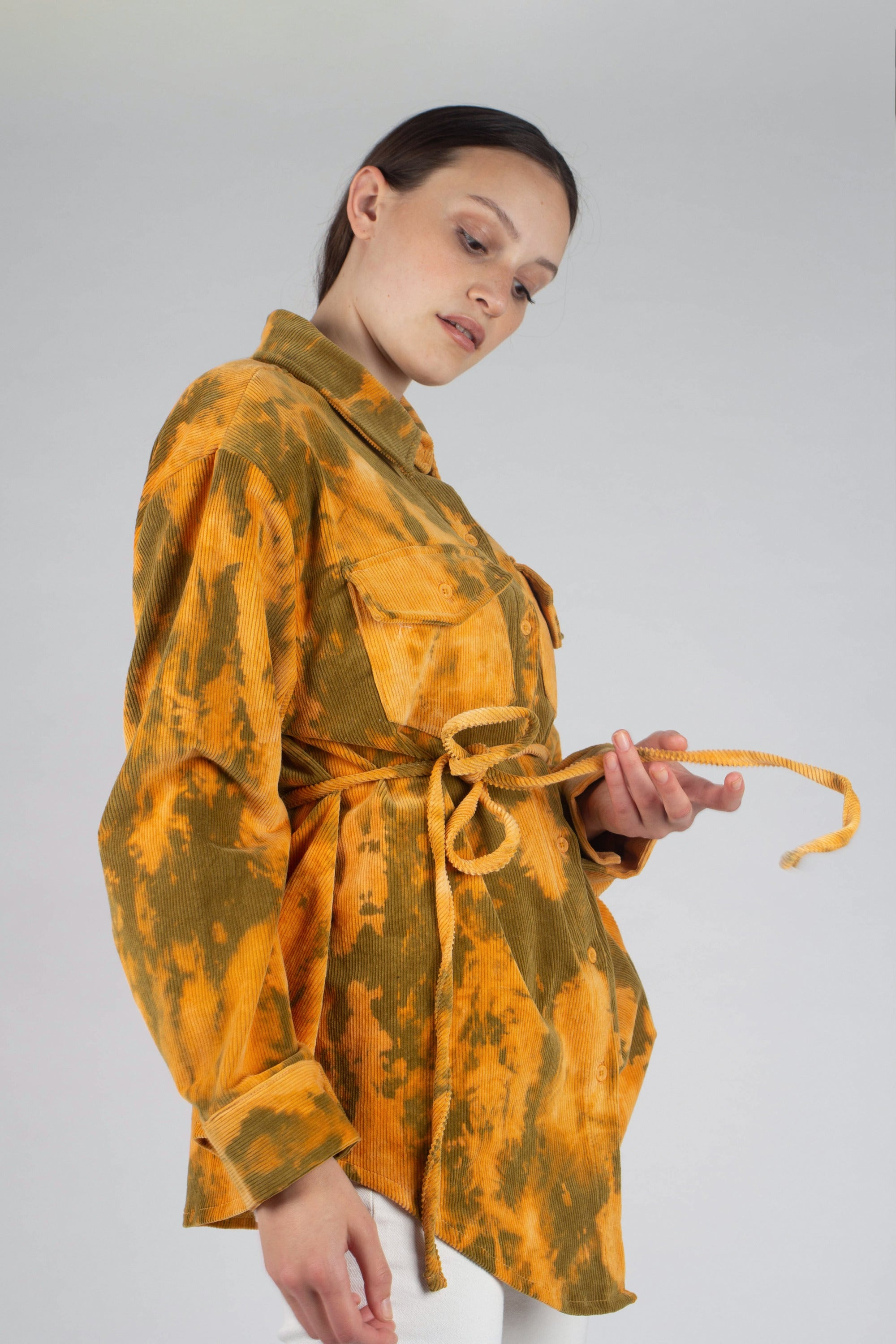 23015_Orange and khaki tie dye tie waist shirt jacket_MCSBA2