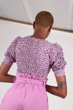 Load image into Gallery viewer, Lilac and black leopard print puff sleeve top_7