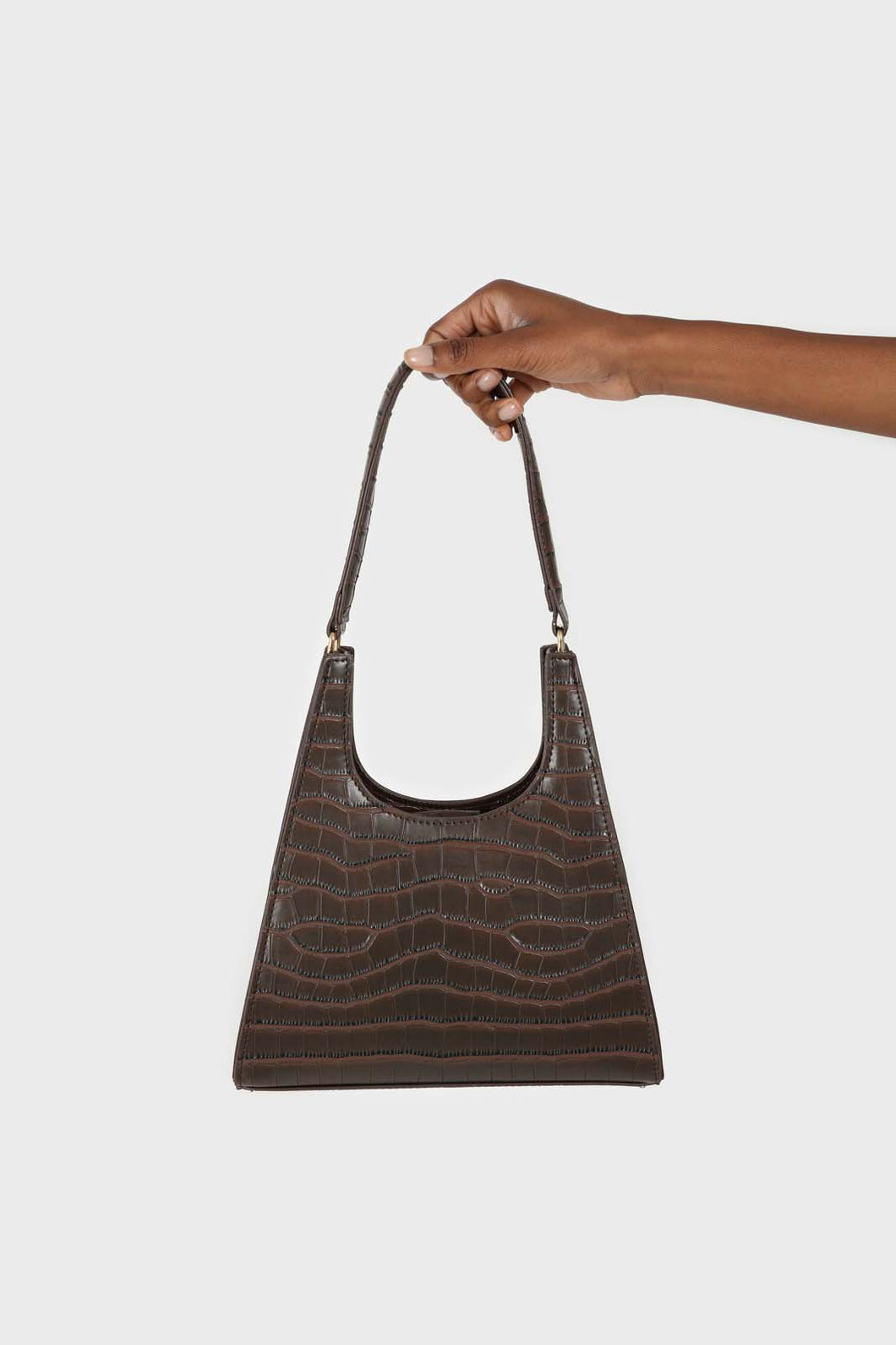 Brown croc skin triangle shoulder bag with chain handle1