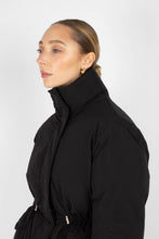 Load image into Gallery viewer, Black patch pocket puffer jacket2