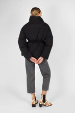 Load image into Gallery viewer, Black patch pocket puffer jacket3
