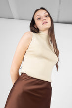 Load image into Gallery viewer, Light beige sleeveless mock neck knit tank5