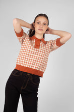 Load image into Gallery viewer, Beige and brown box check polo knit top2