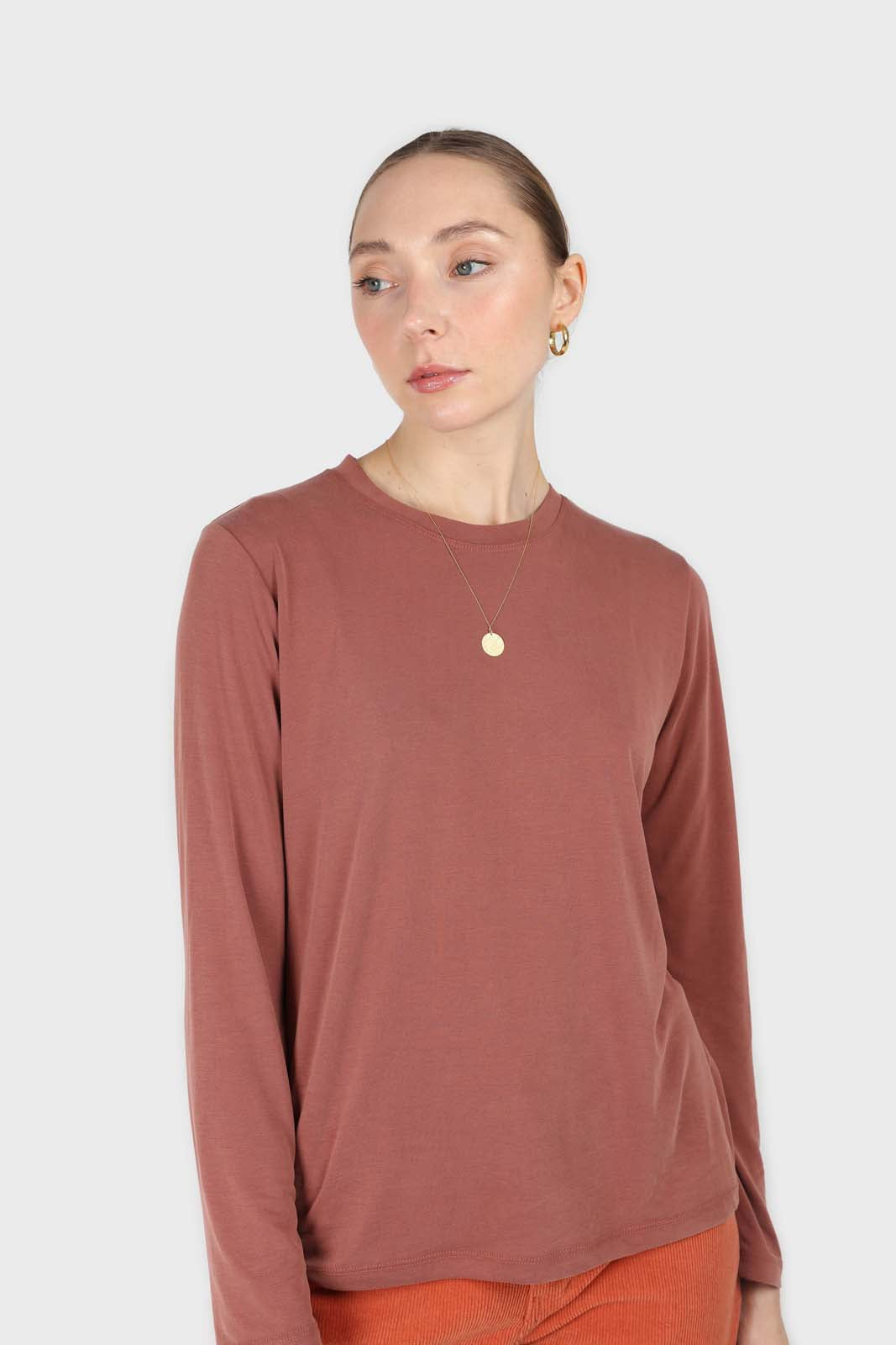 Rust high neck perfect long sleeved tee1sx