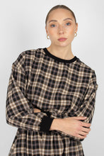 Load image into Gallery viewer, Black and beige checked sweatshirt1sx