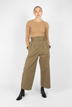Load image into Gallery viewer, Khaki high waisted belted wide fit trousers2