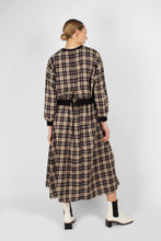 Load image into Gallery viewer, Black and beige checked maxi skirt4