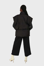 Load image into Gallery viewer, Black high waisted belted trousers 1