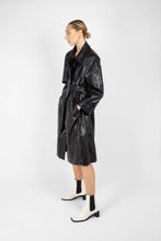 Load image into Gallery viewer, Black glossy faux leather long coat9