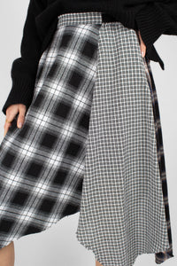 Black multi checked buckle waist midi skirt6