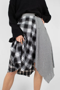 Black multi checked buckle waist midi skirt7