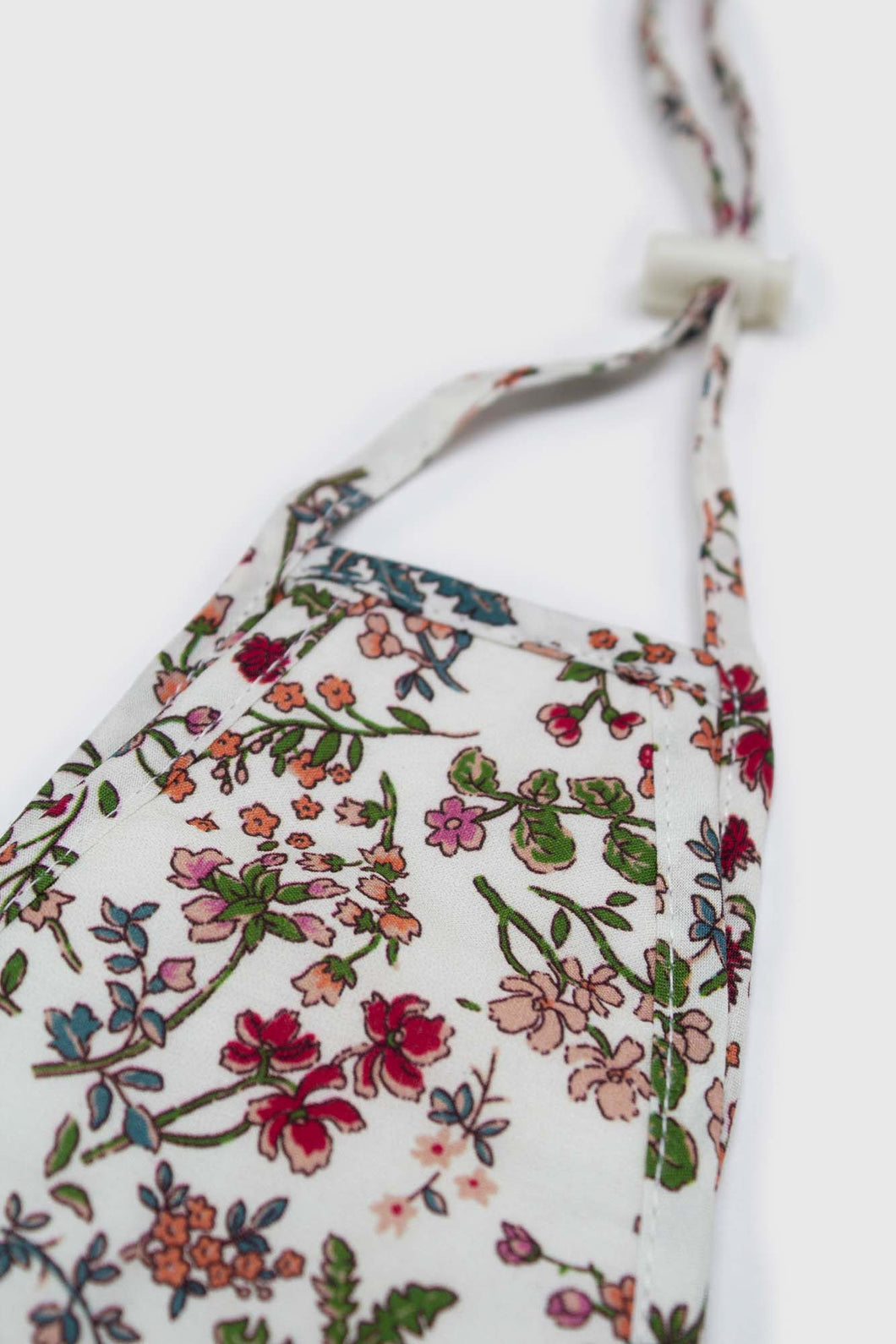 White and red multi floral pure cotton face mask1sx