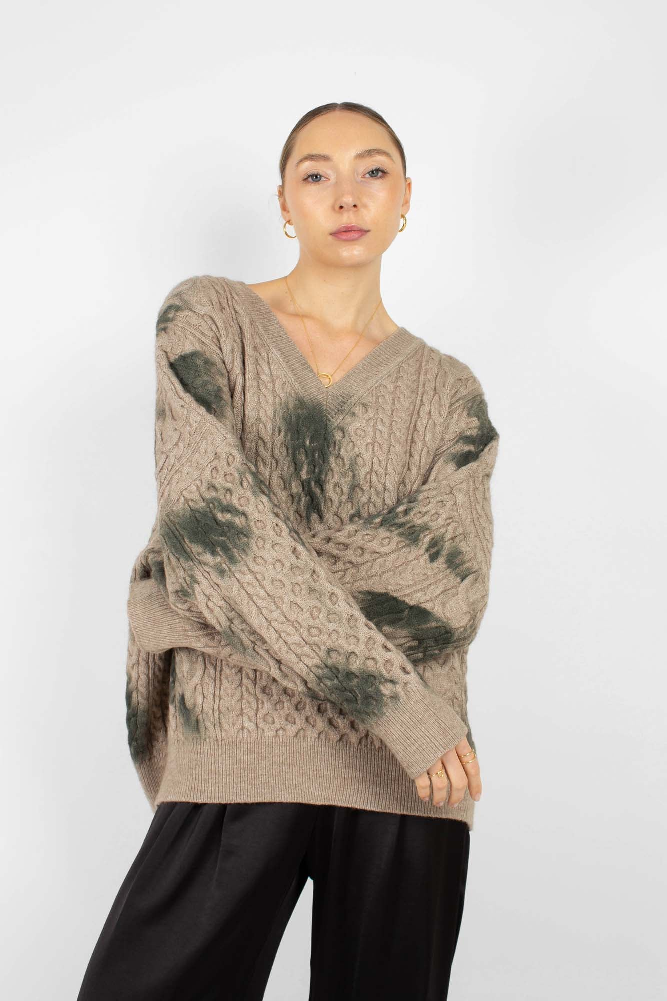 Beige and khaki tie dye V neck jumper2