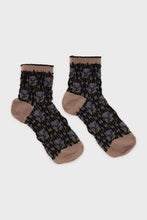 Load image into Gallery viewer, Beige and blue cherry textured socks2