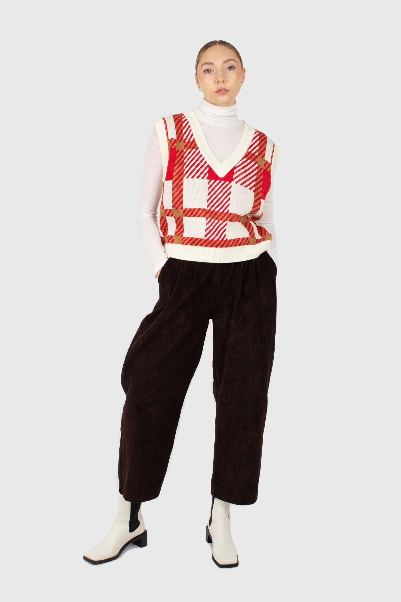 Ivory and red plaid knit vest2