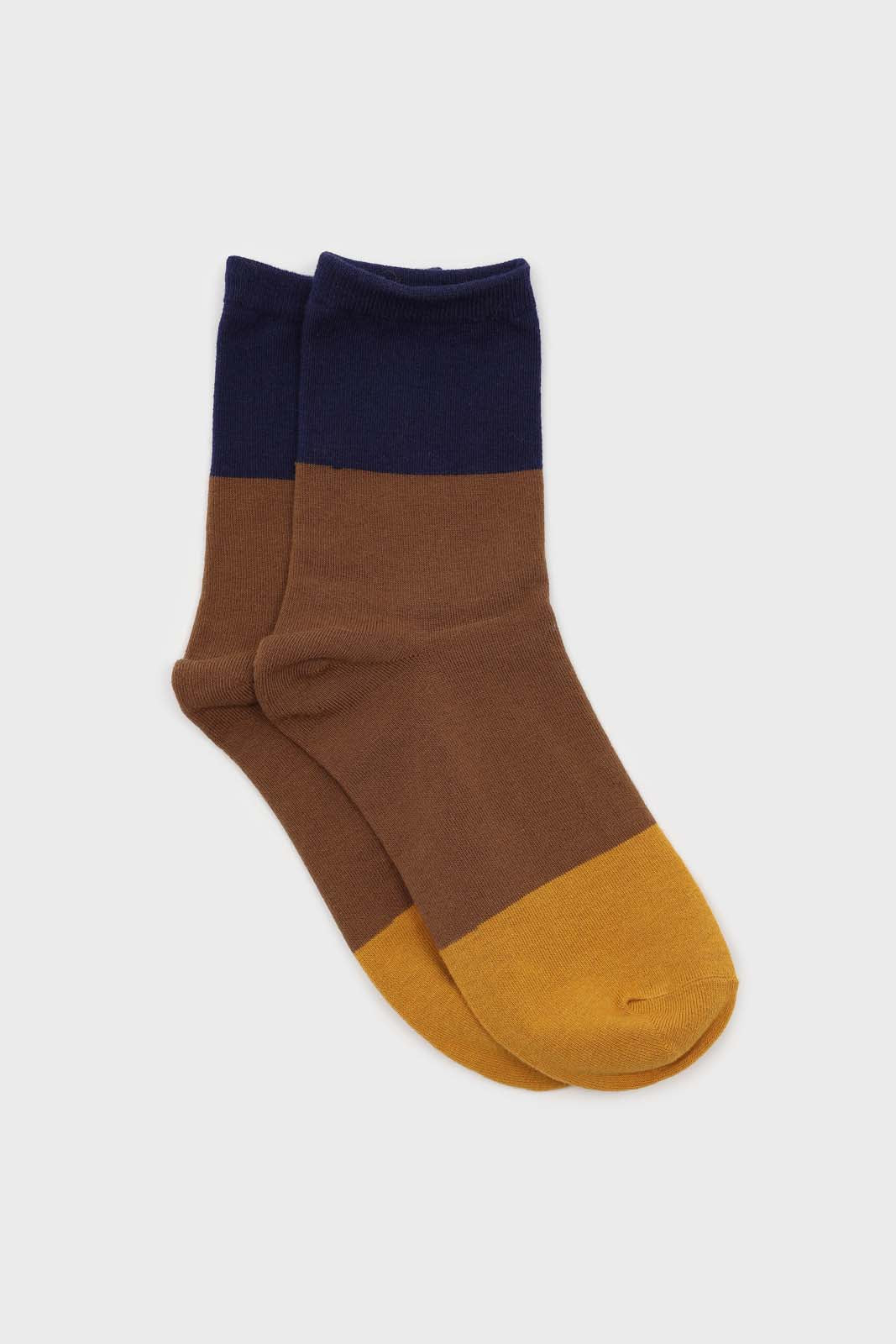 Camel and blue triple colorblock socks1sx