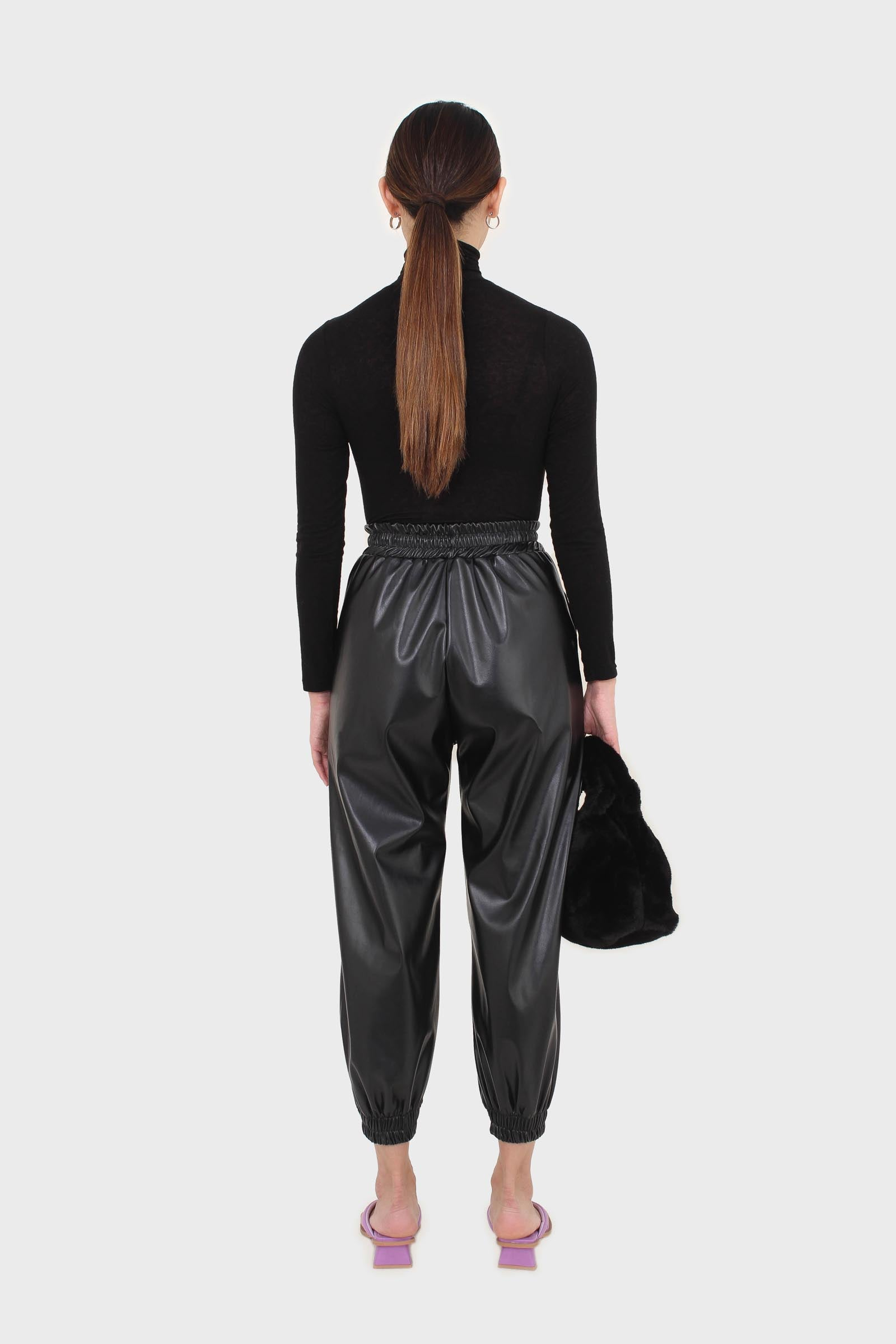 Black wool blended thin turtleneck top10