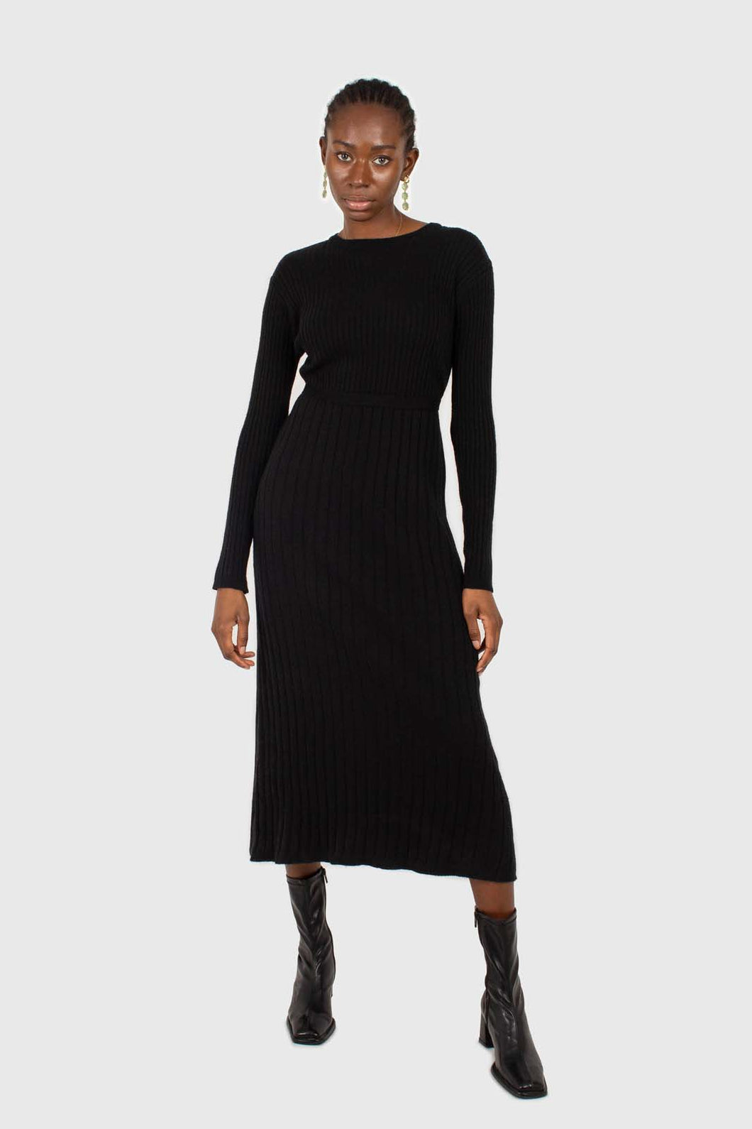 Black large ribbed wool blend midi dress1