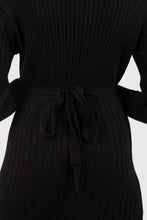Load image into Gallery viewer, Black large ribbed wool blend midi dress5