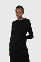 Load image into Gallery viewer, Black large ribbed wool blend midi dress6