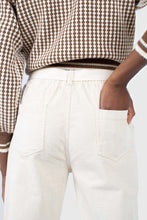 Load image into Gallery viewer, Ivory corduroy belted trousers5