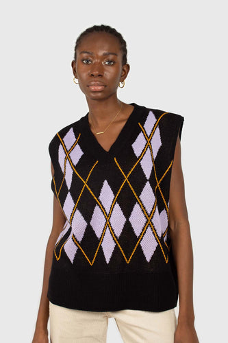 Black and lilac argyle sweater vest3