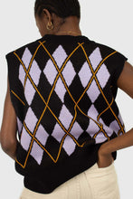 Load image into Gallery viewer, Black and lilac argyle sweater vest5
