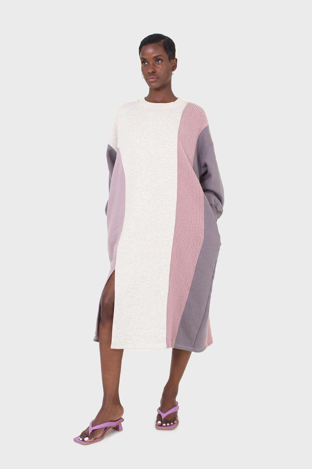 Grey and pink color block sweatshirt dress2