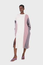 Load image into Gallery viewer, Grey and pink color block sweatshirt dress2