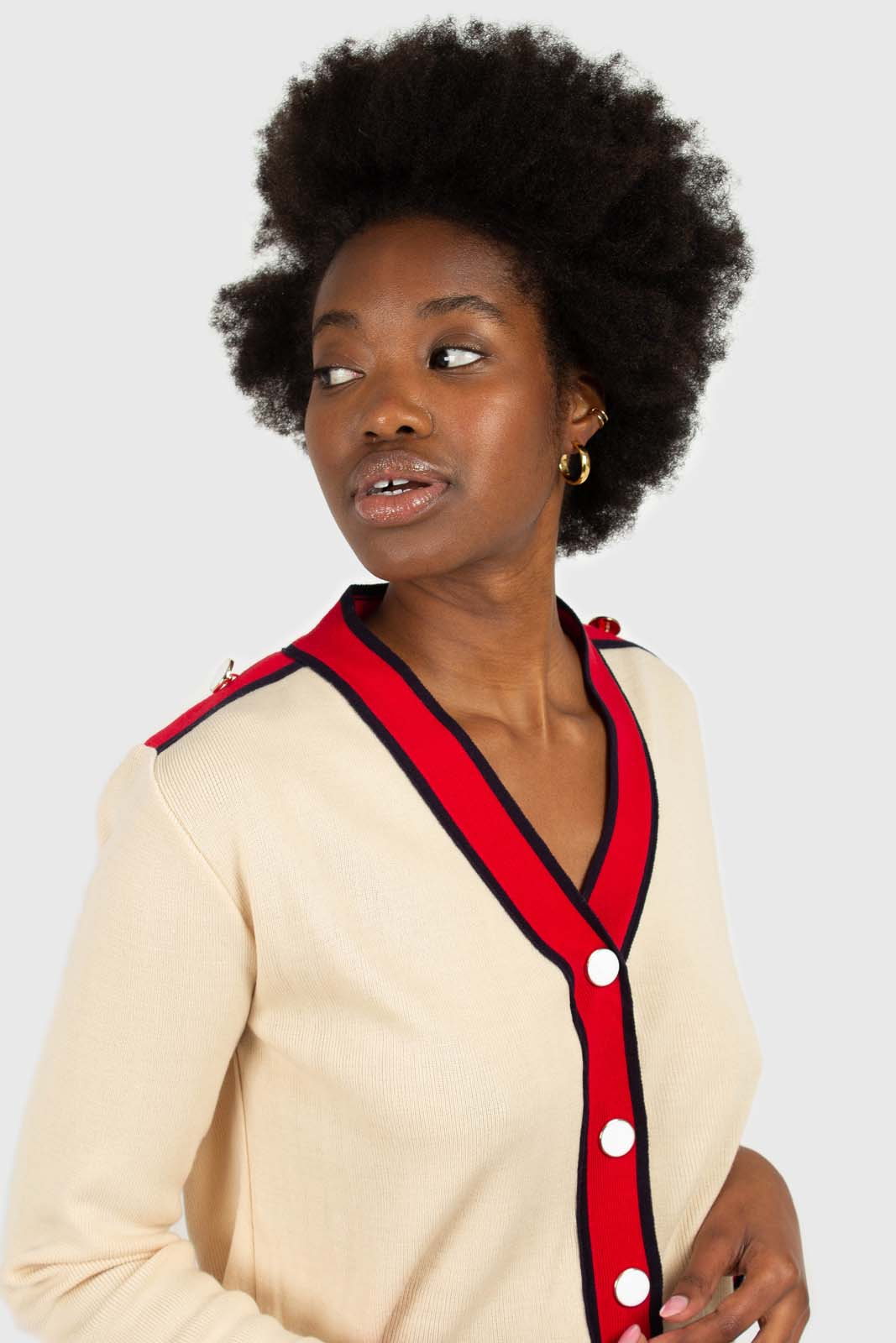 Light beige and red contrast trim cardigan3