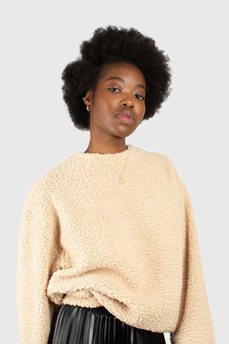 Beige soft teddy sweatshirt3