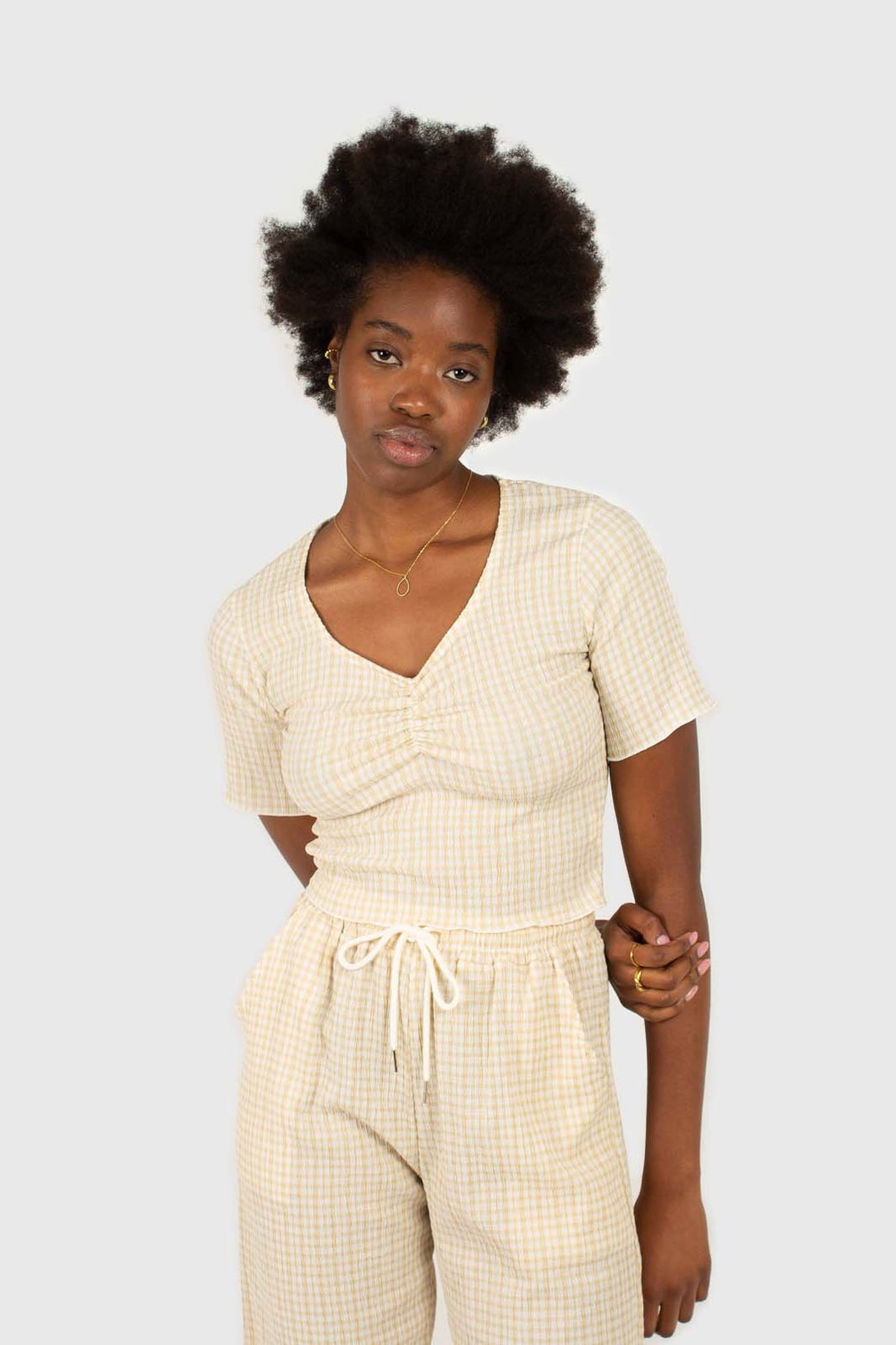 Beige gingham ruched neck tee1