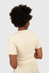 Beige gingham ruched neck tee5