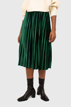 Load image into Gallery viewer, Green velvet pleated midi skirt4