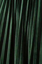 Load image into Gallery viewer, Green velvet pleated midi skirt6