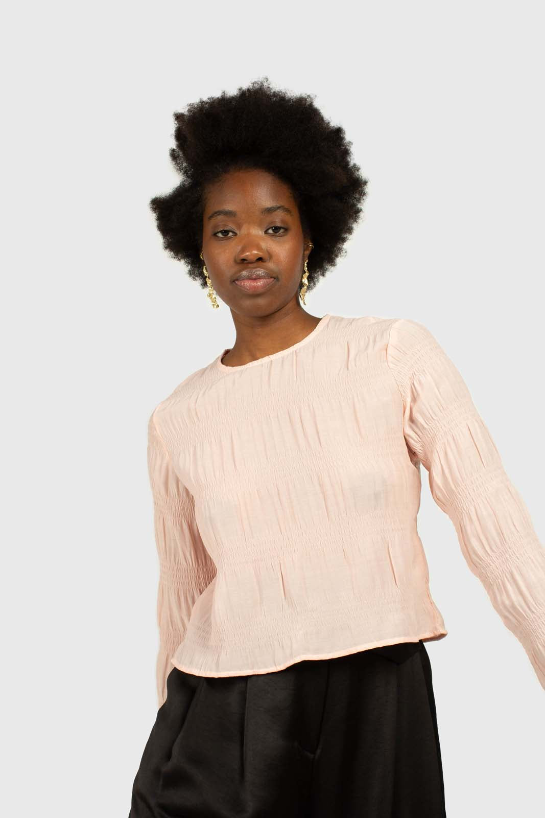 Pink tiered wrinkle long sleeved blouse2