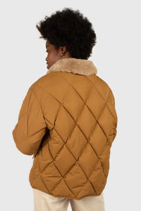 Brown faux fur collar diamond puffer jacket5