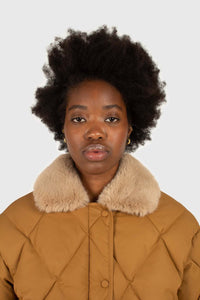 Brown faux fur collar diamond puffer jacket6