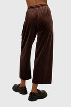 Load image into Gallery viewer, Brown velvet loose fit trousers3