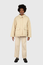 Load image into Gallery viewer, Beige teddy trim loose fit short parka1