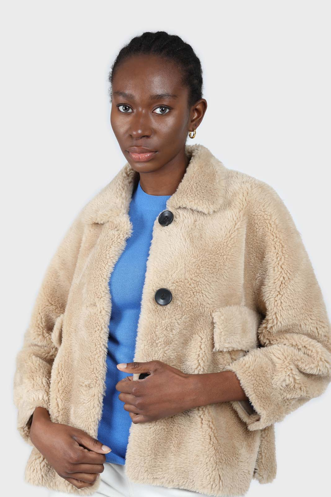 Beige large collar button up teddy jacket3