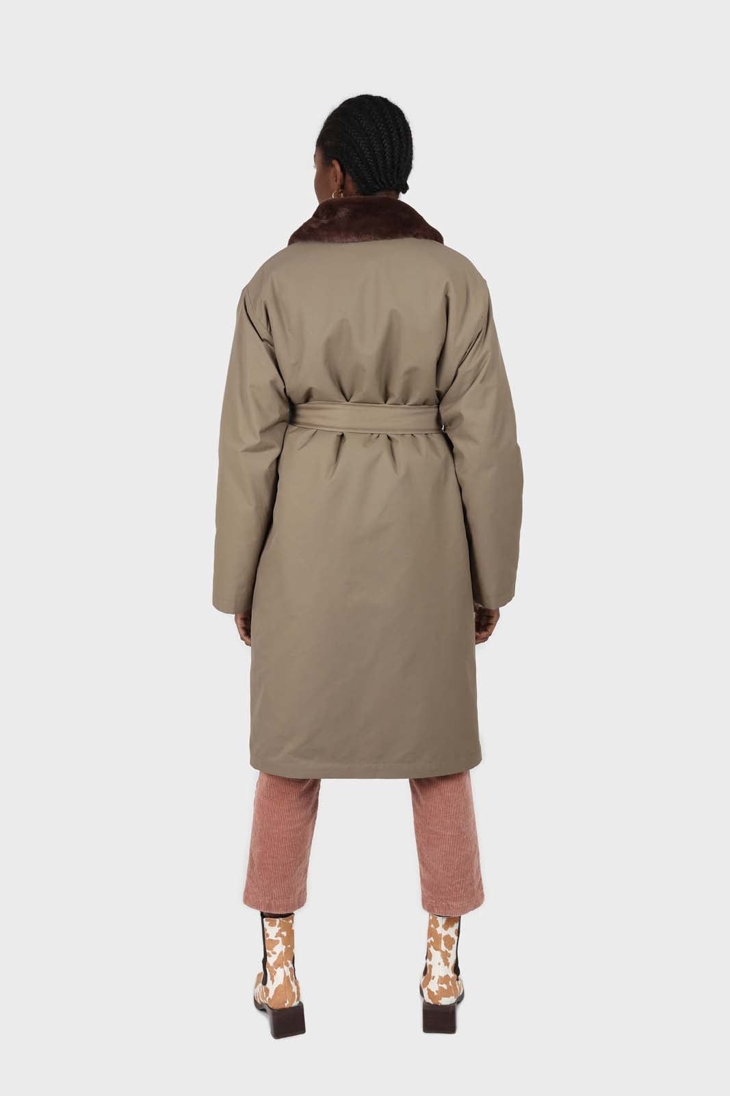 Khaki faux fur collar contrast faux fur lined trench coat8