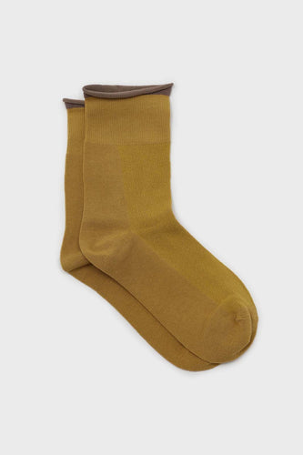 Yellow and beige rolled trim socks1sx