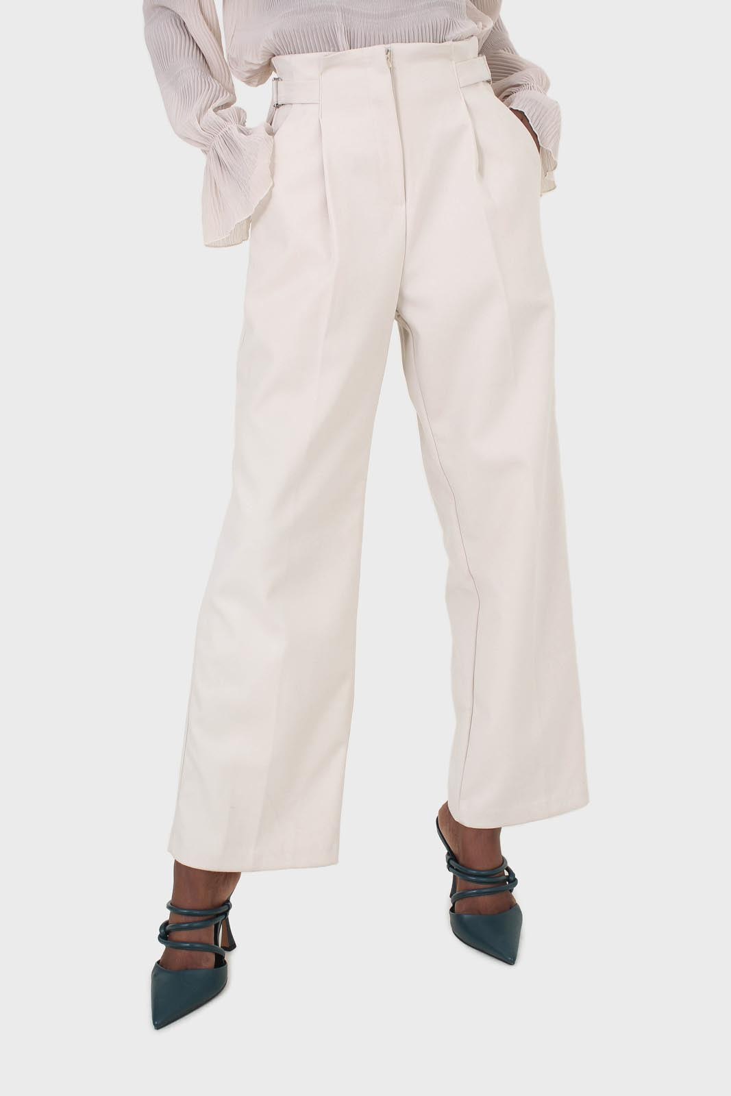 Ivory side buckle wide leg trousers4
