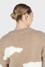 Load image into Gallery viewer, Beige and white intarsia cloud wool blend jumper4