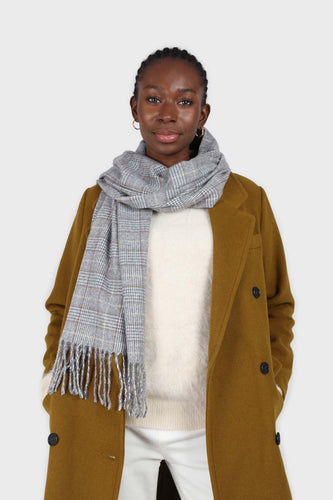 Pale grey and white smart checked scarf4