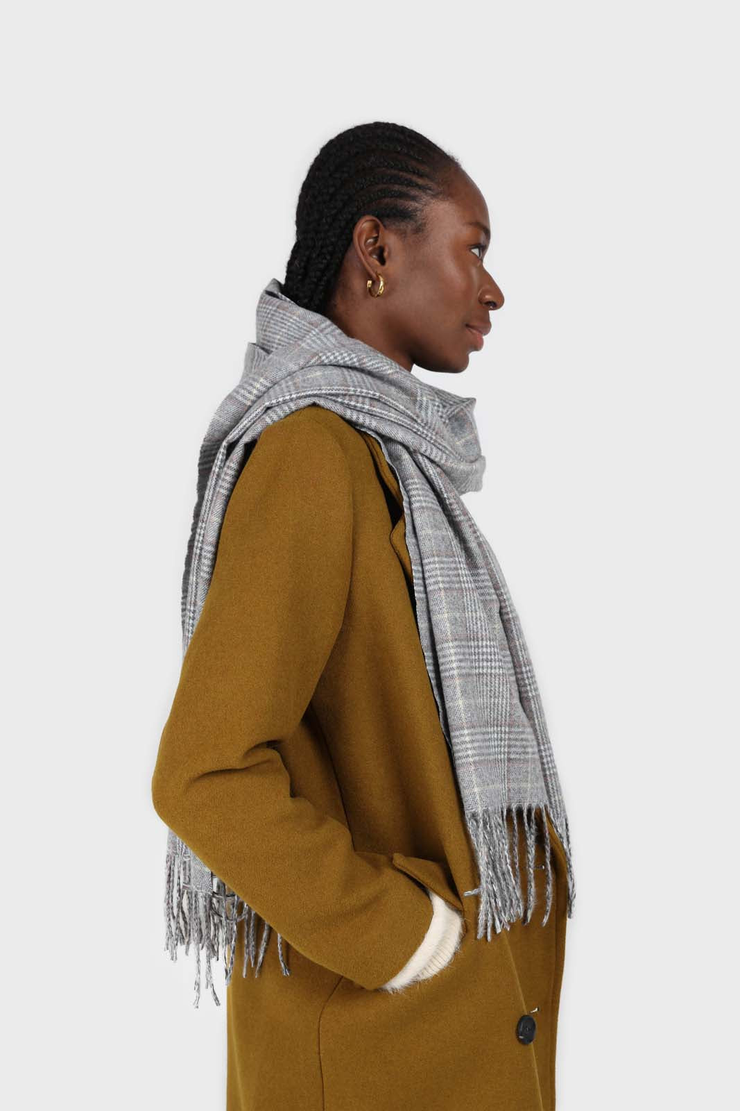 Pale grey and white smart checked scarf5