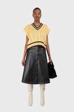 Load image into Gallery viewer, Yellow and black varsity trim cableknit vest1sx